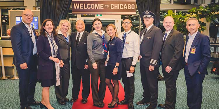 YVR celebrates American Airlines' new Chicago service