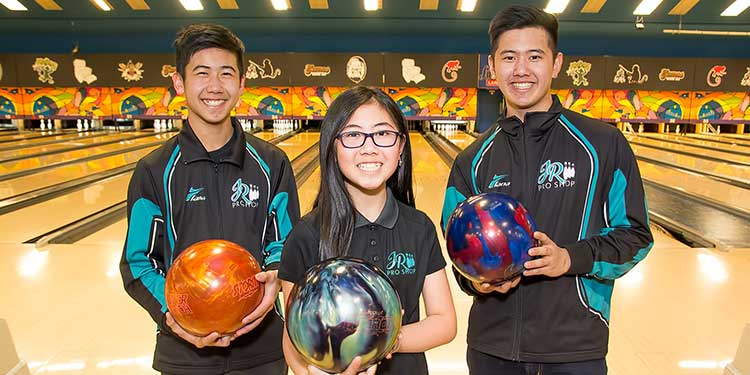 Bowling strikes a chord with the Imoos