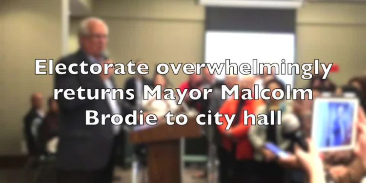 Mayor returns in a landslide. The electorate overwhelmingly voted in Saturday's civic election to return Mayor Malcolm Brodie to lead city council.